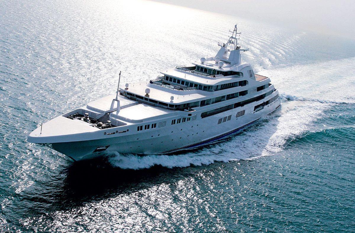 DUBAI Yacht - $400 MILLION